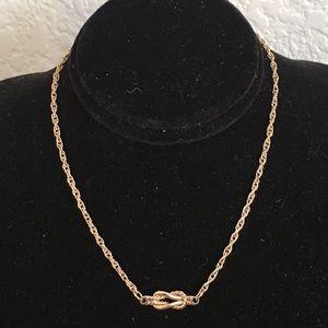 🎀5/$25🎀 AVON Gold Love Knot Anklet